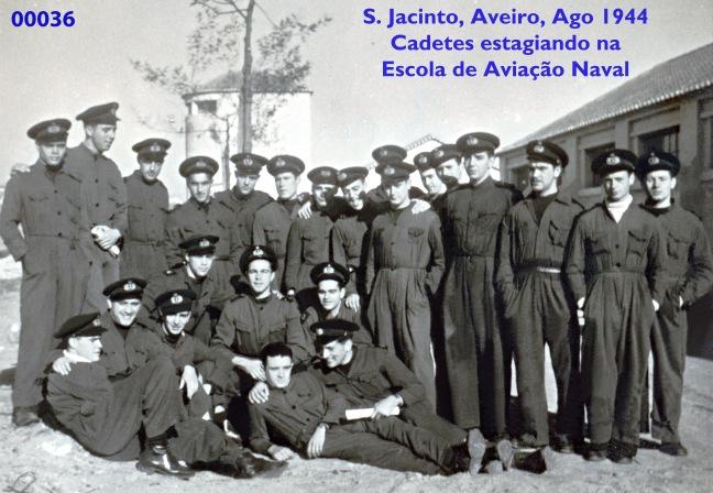 00040 944-08 Grupo dos Cadetes em estágio na Aviação Naval-S Jacinto-Aveiro