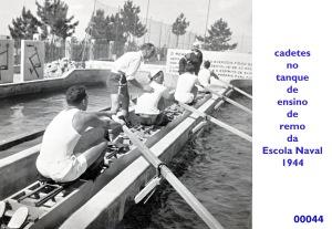 00047 944 cadetes no tanque de ensino de remo da Escola Naval