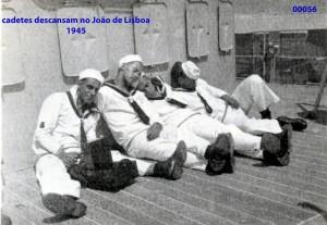 00063 945 cadetes descansam no João de Lisboa