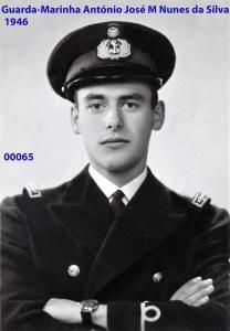 00074 946-03 Guarda-Marinha Nunes da Silva de sobrecasaca