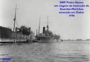 00103 946-04 Pedro Nunes atracado em Dakar