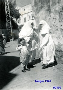 00136 947-04 senhoras de Tanger