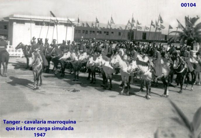 00138 947-04 Tanger - cavalaria marroquina que fará carga simulada