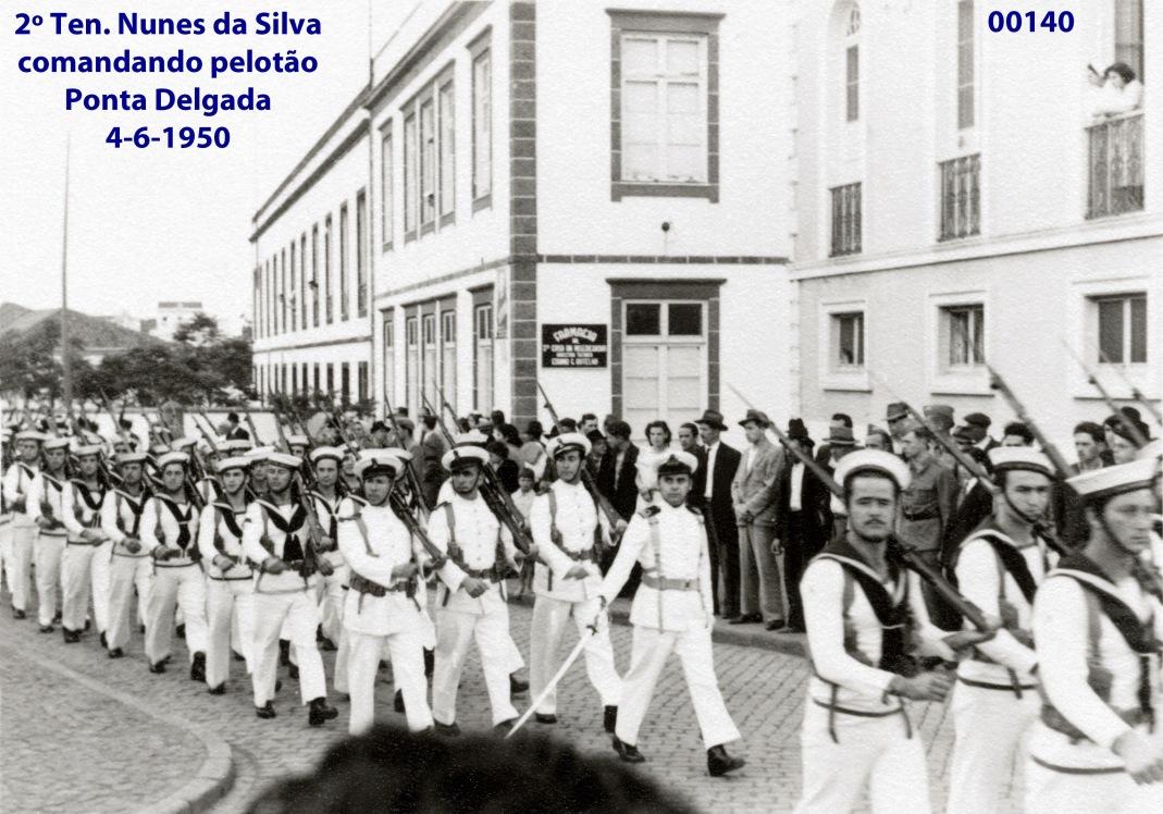 00186 950-06-04 2º ten Nunes da Silva comandando pelotão em Ponta Delgada