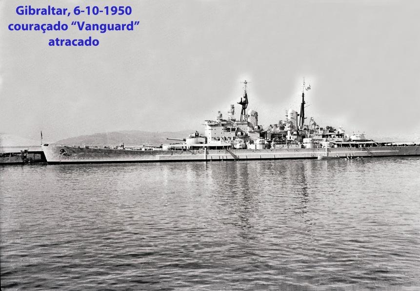 00203 950-10-06 couraçado Vanguard atracado em Gibraltar