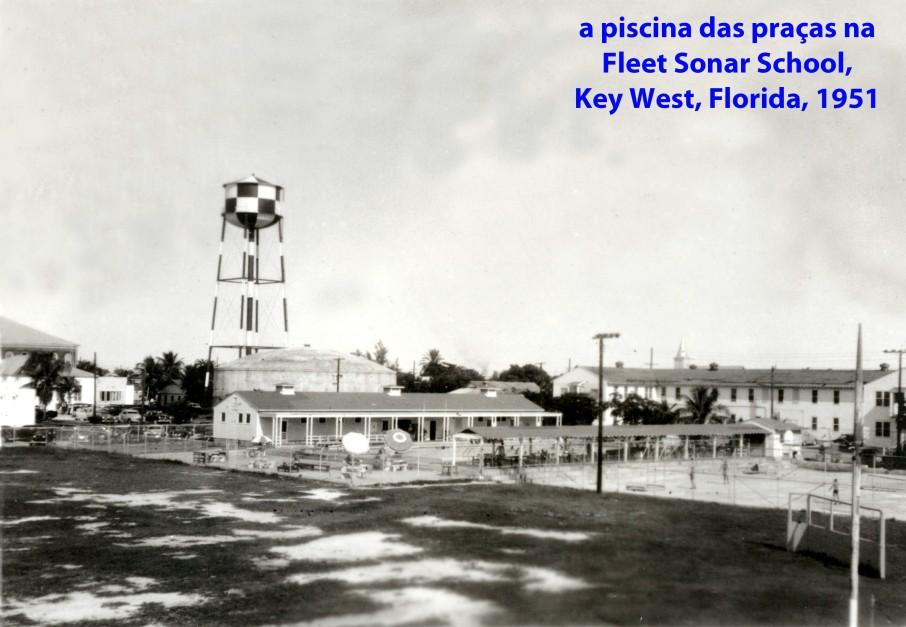 00222 951 a piscina das praças da Fleet Sonar School em Key West - Florida - USA