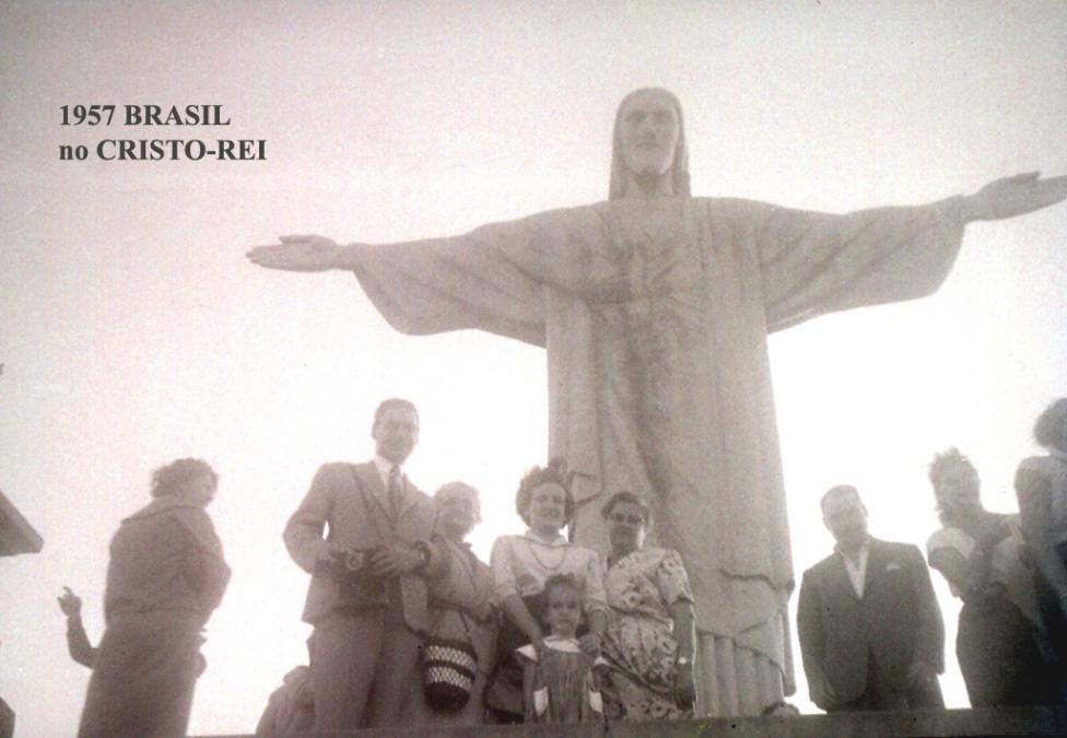 00330 957-06 Brasil-grupo no Cristo-Rei