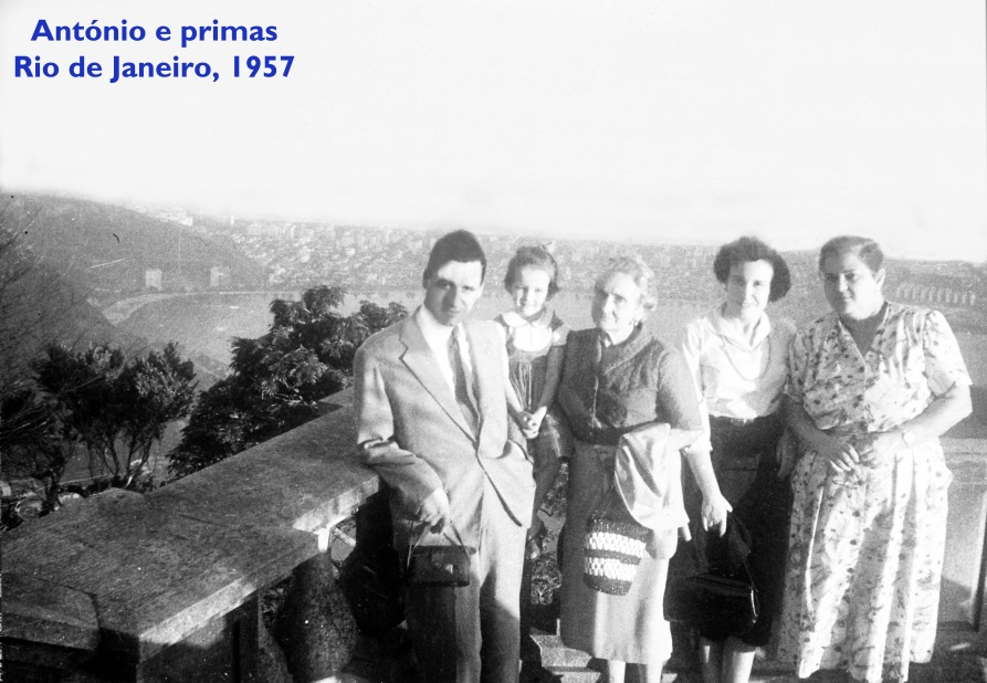 00336 957-06 António e as primas da família Maçãs Fernandes