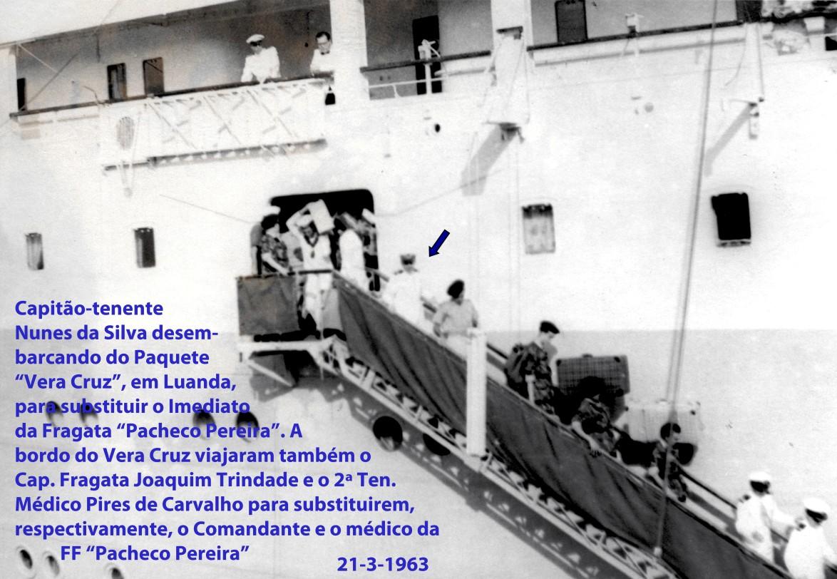 00422 963-03-21 desembarcando do Vera Cruz à chegada a Luanda