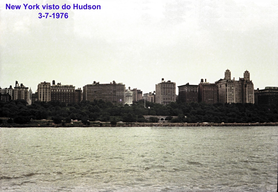 00719 976-07-03 New York visto do Hudson