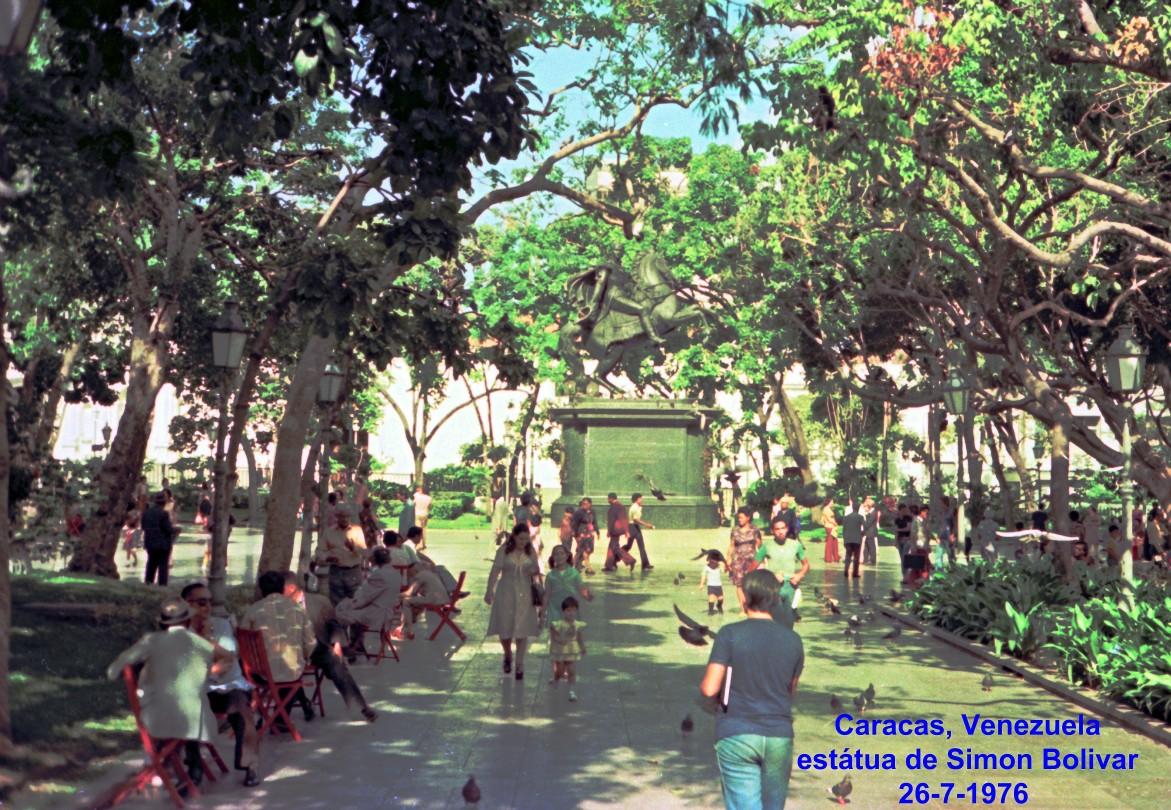 00753 976-07-26 Estátua de Simon Bolivar em Caracas Venezuela