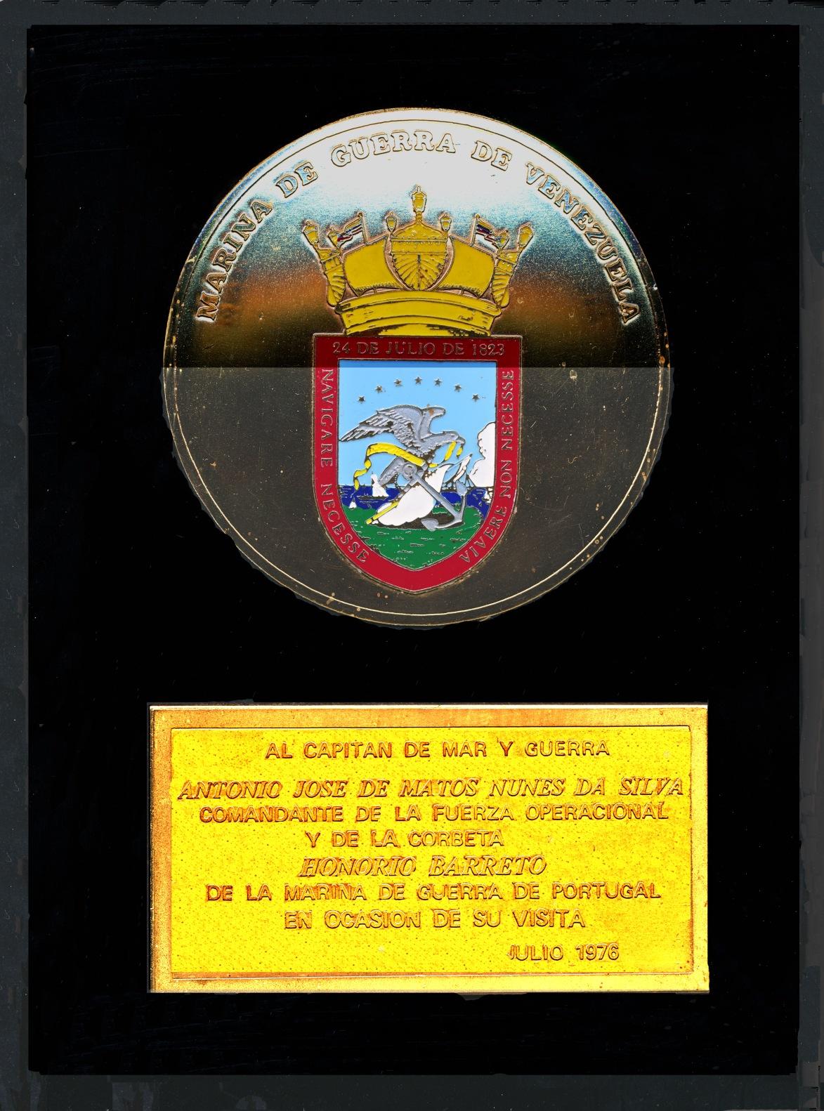 00759 976-07-29 Placa que me foi oferecida pela Marinha da Venezuela