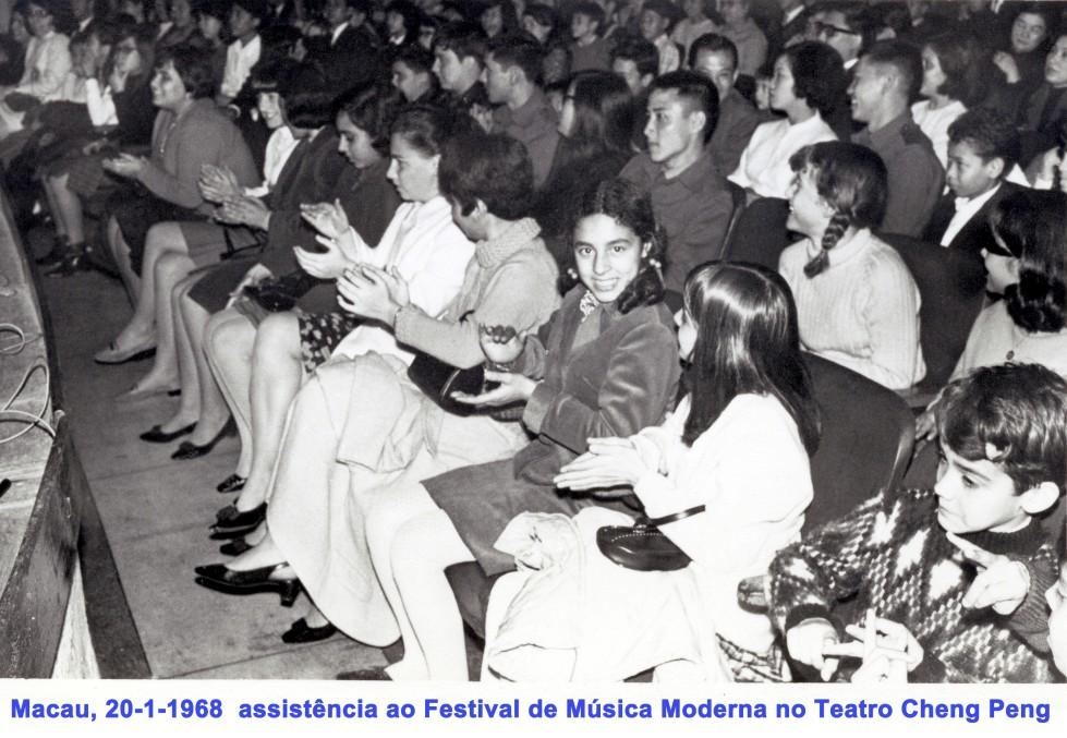 004 68-01-20 Festival de música moderna no Teatro Cheng Peng