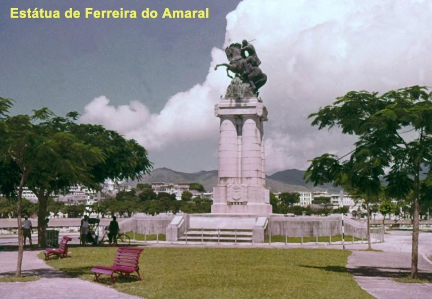 010 estátua de Ferreira do Amaral