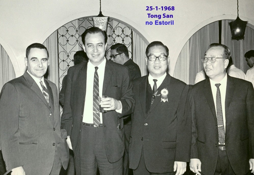014 68-01-25 António com Tong San e outros