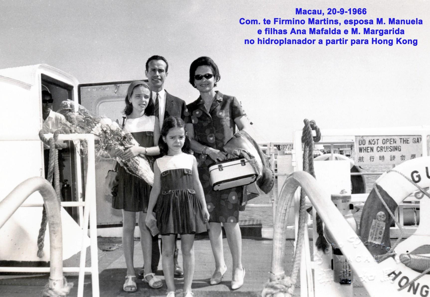 028 66-09-20 Firmino Martins e família no hidroplanador
