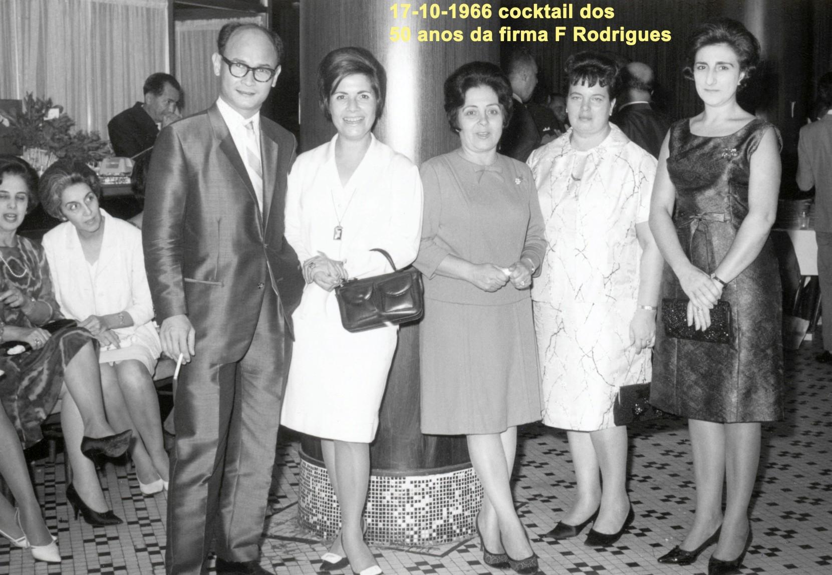 038 66-10-17 coctail da firma F Rodrigues