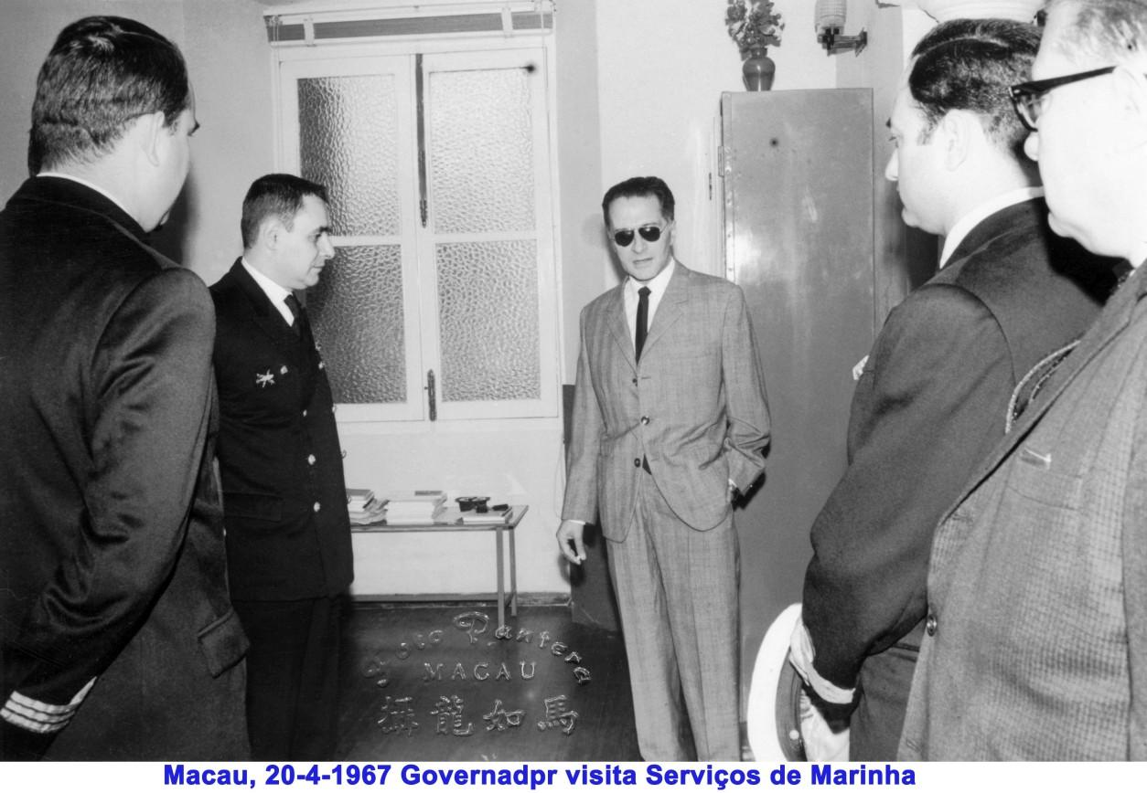 048 67-04-20 Governador visita Serviços de Marinha