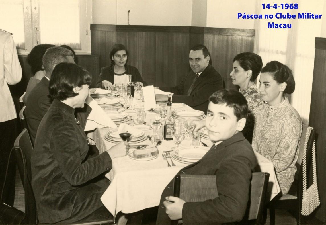053 68-04-14 almoço de Páscoa com família