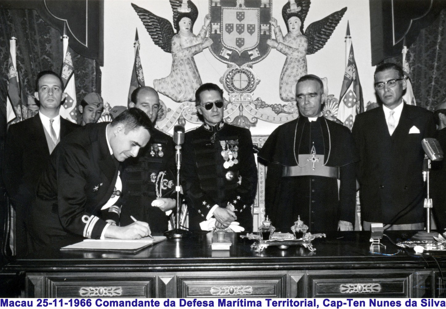 056 66-11-25 Comte Defesa Marítima Territorial assinando