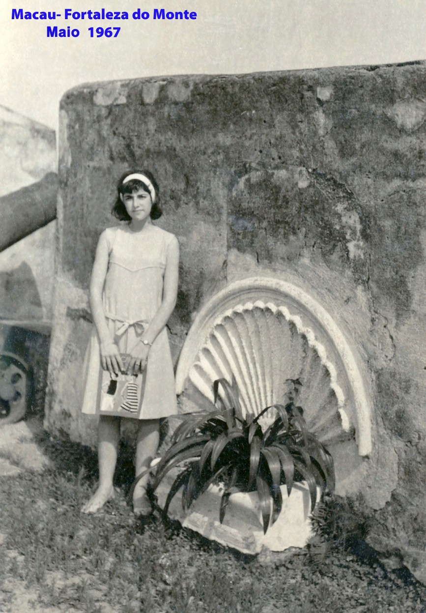 064 67 Helena na Fortaleza do Monte
