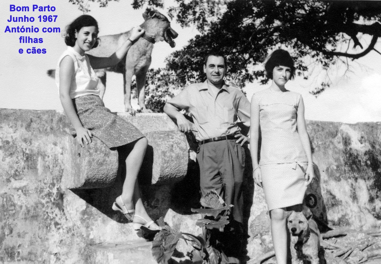 069 67-06 António com filhas e cães no Bom Parto