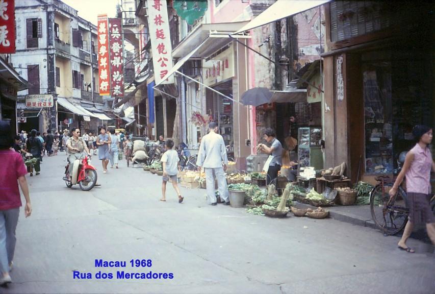 076 68 Rua dos Mercadores