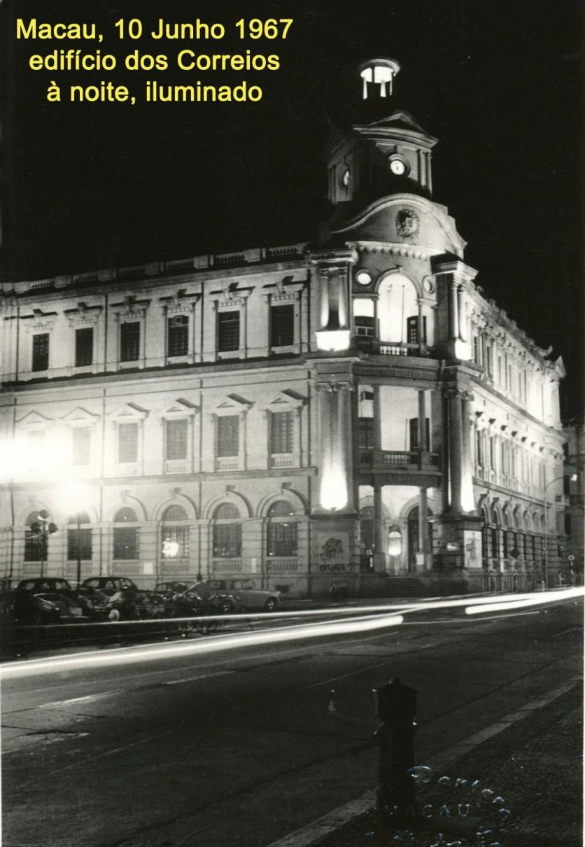 087 67-06-10 edifício dos Correios iluminado