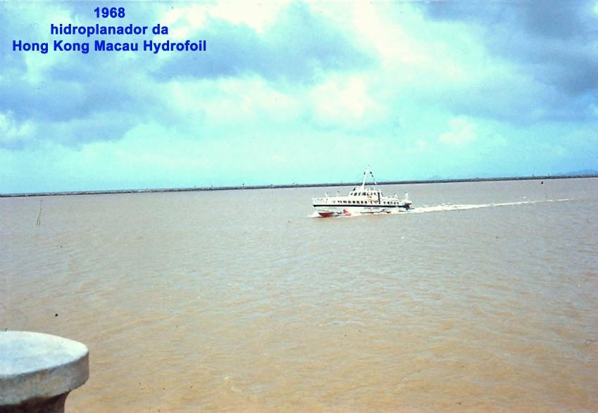 090 98 Hidroplanador da HK Macau Hydrofoil
