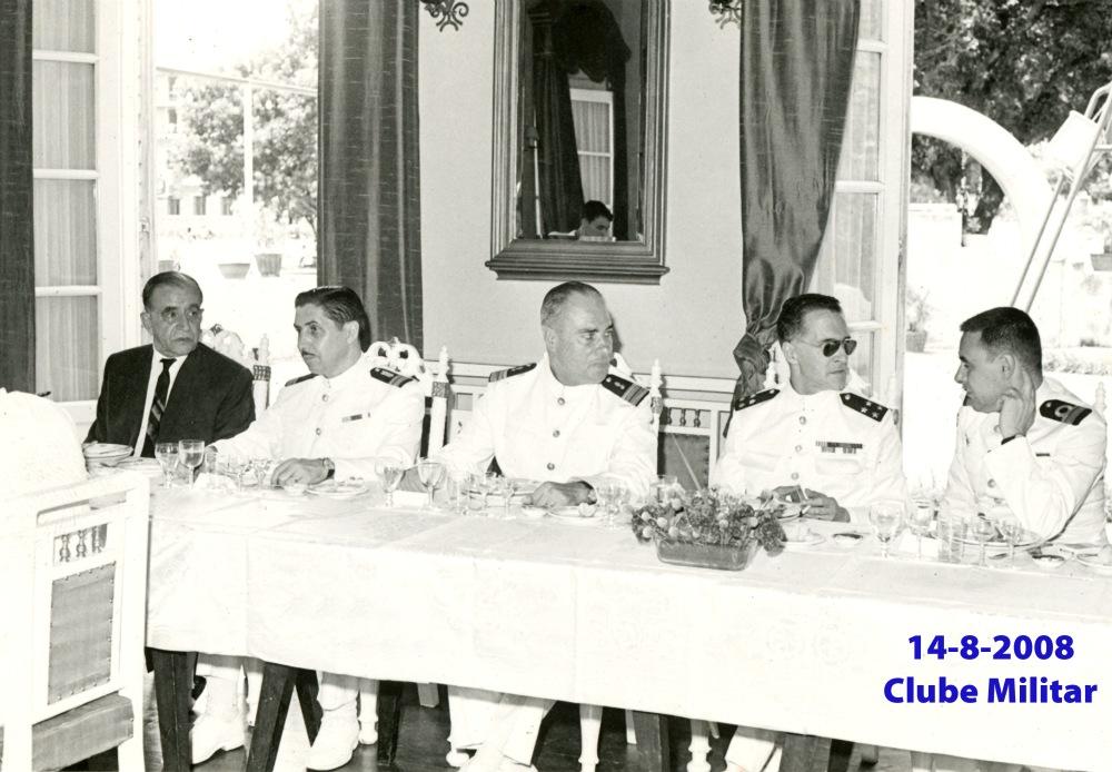 099 67-08-14 almoço no Clube Militar-à mesa