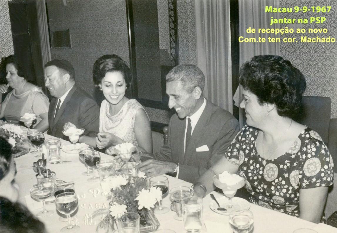 112 67-09-09 jantar na PSP de Macau- Leopoldina Ranhada-cap Alua-Piedade Lages Ribeiro-com PSP cor José Luís Machado-Francisca Alua