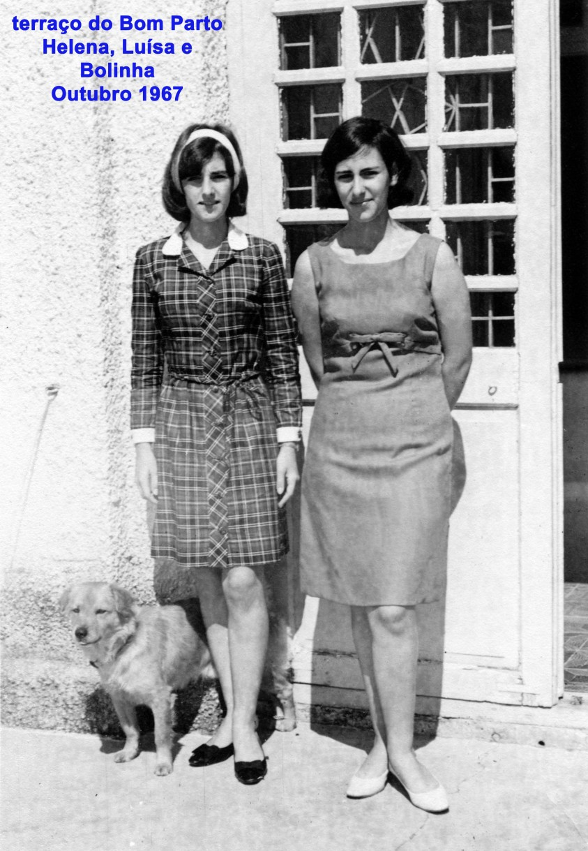 115 67-10 Helena e Luísa com Bolinha no terraço do Bom Parto
