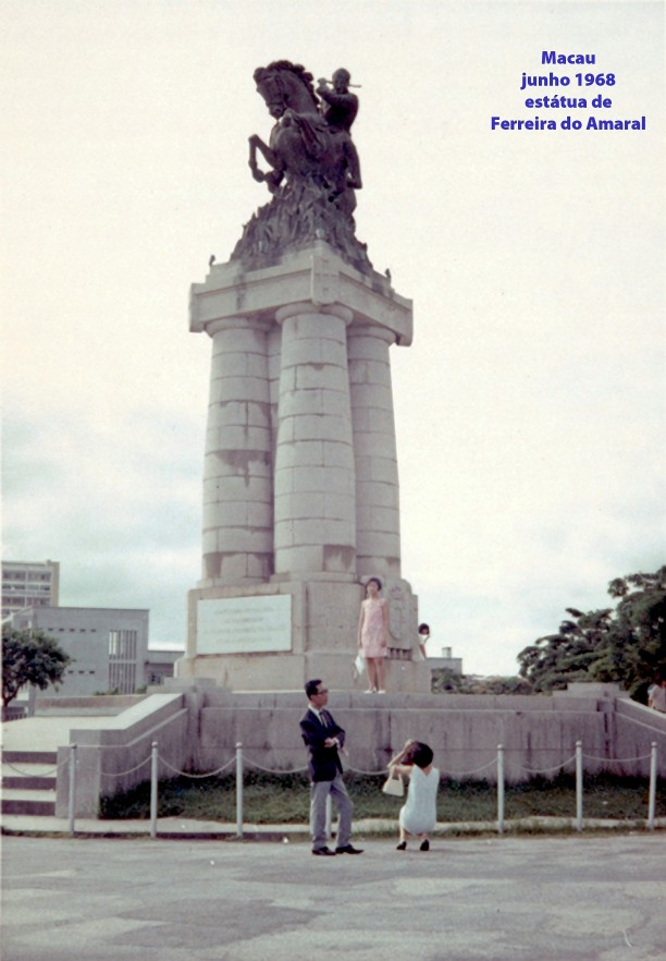 129 68-06 estátua de Ferreira do Amaral