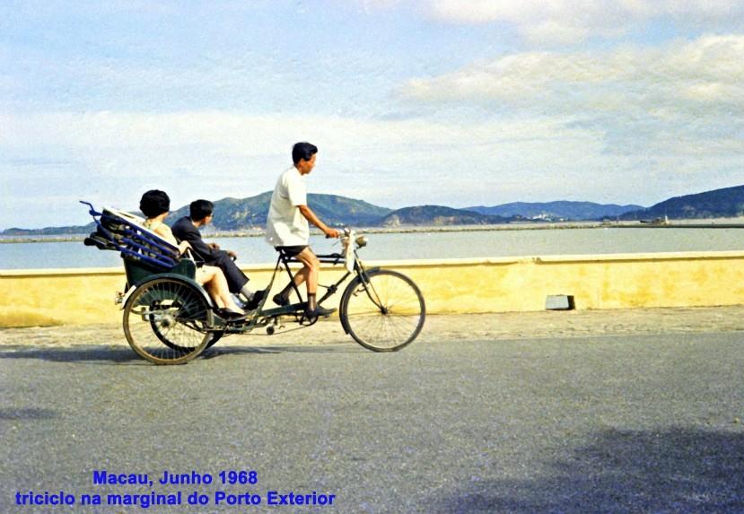 136 68-06 triciclo na marginal do Porto Exterior