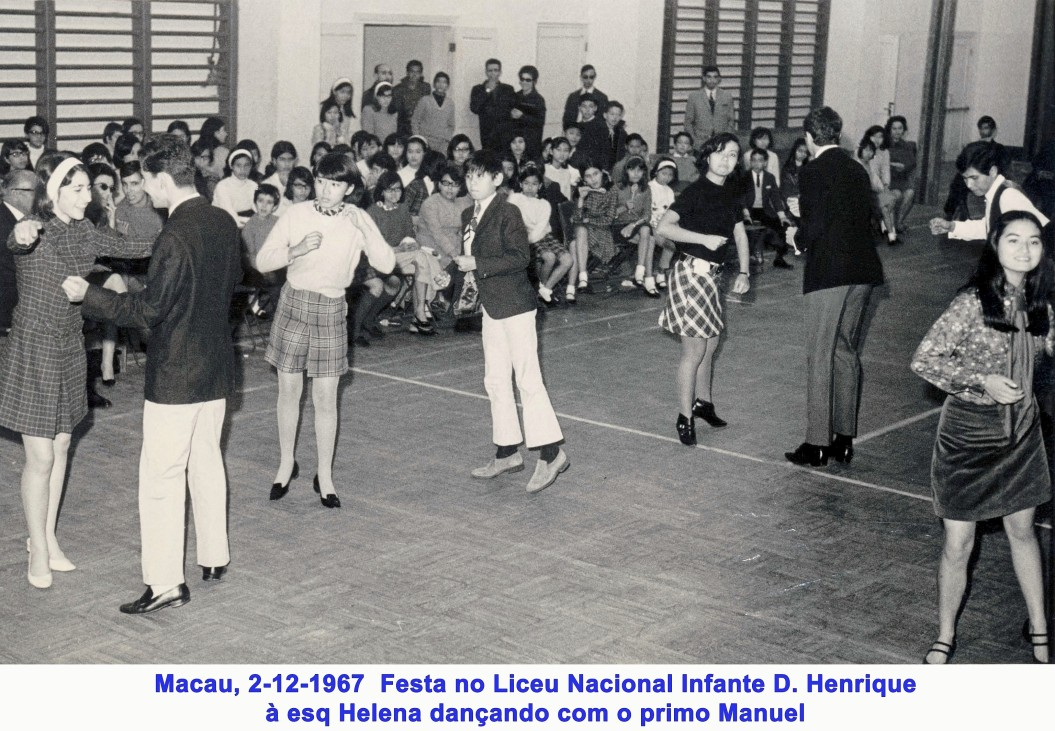 137 67-12-02 festa do liceu-Helena dança com primo Manuel