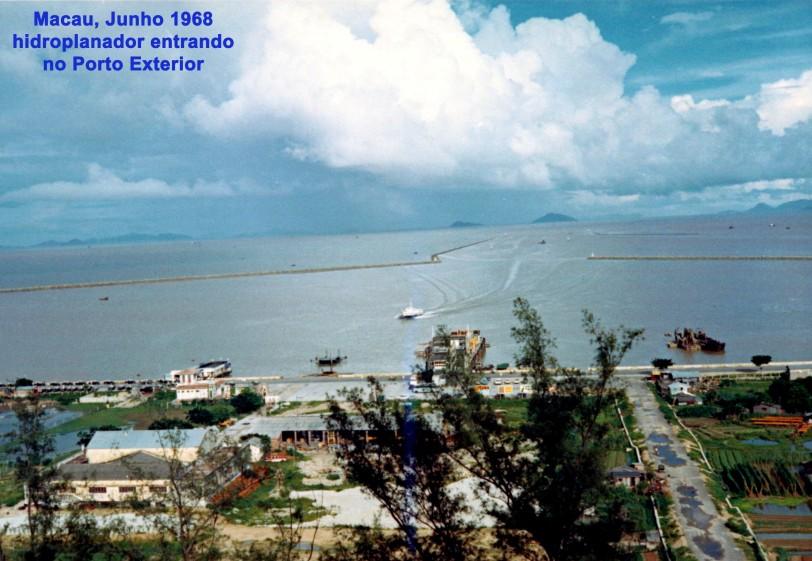 157 68-06 hidroplanador entrando no Porto Exterior