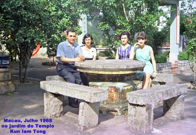 176 68-07 no jardim do Templo Kun Iam Tong