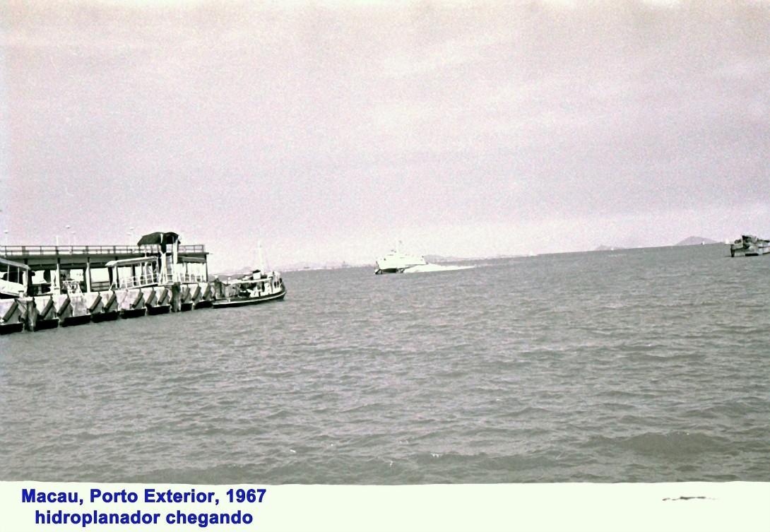 177 67 hidroplanador chegando ao Porto Exterior