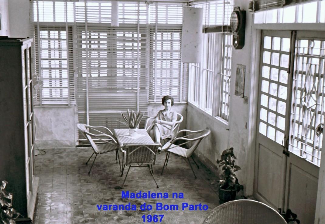 180 67 Lena na varanda do Bom Parto