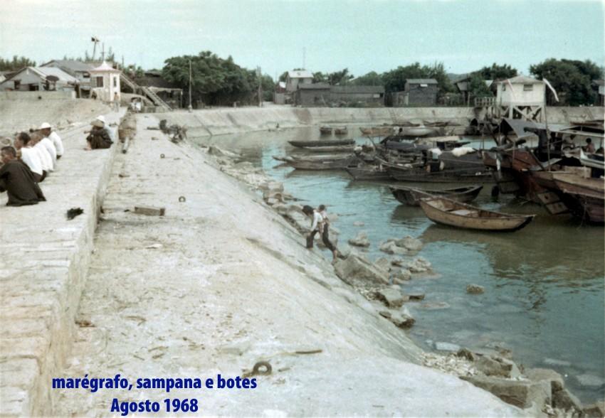 198 68-08 marégrafo, sampana e botes