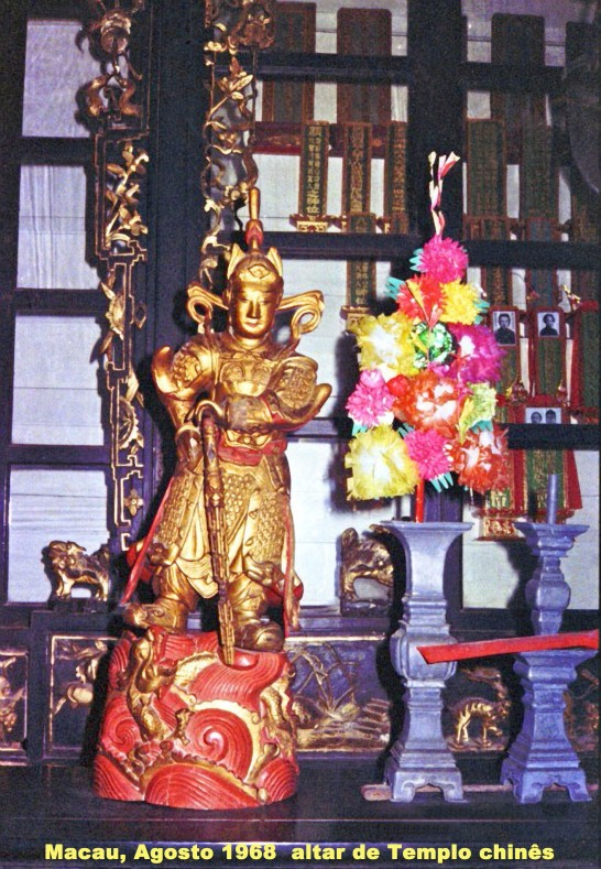 201 68-08 altar de templo chinês