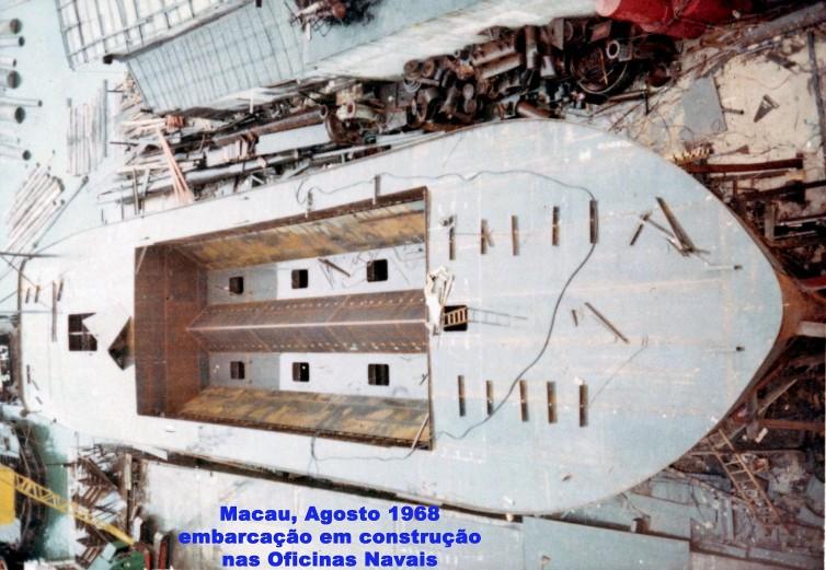 209 68-08 embarcação em construção nas Oficinas Navais