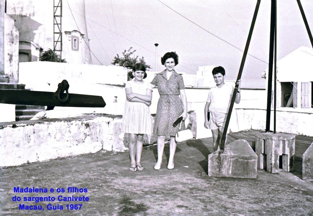 218 67 Madalena e os filhos do sargento Canivete na Guia