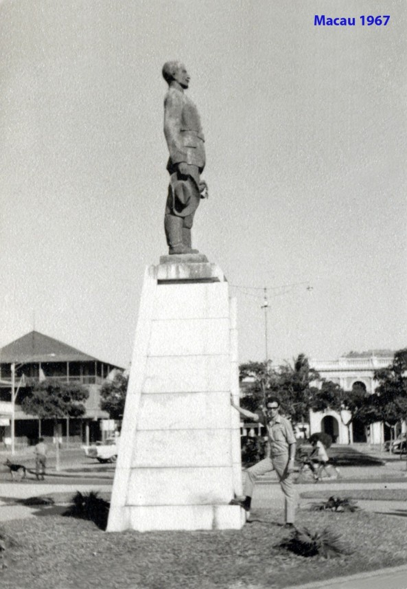 224 67 estátua