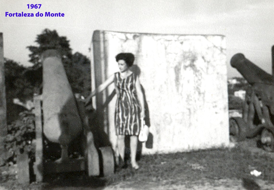 238 67 Lena na Fortaleza do Monte