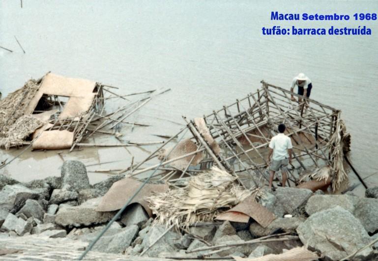251 68-09 tufão-barraca destruida