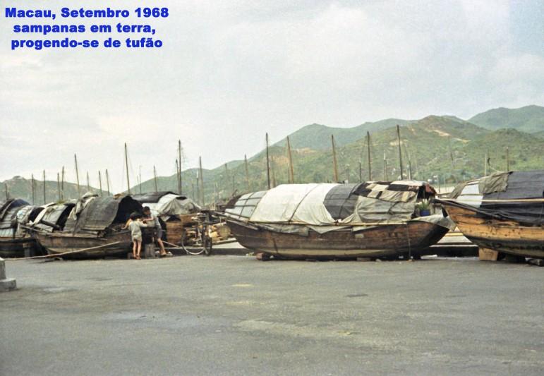 255 68-09 sampanas em terra protegendo-se de tufão