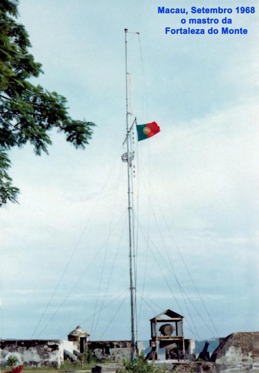 263 68-09 o mastro da Fortaleza do Monte