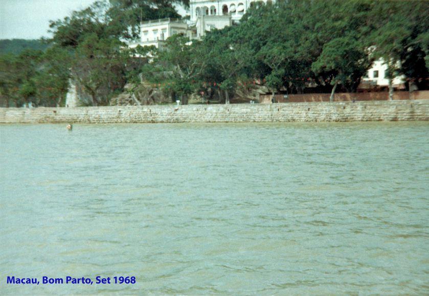 275 68-09 Bom Parto visto do rio
