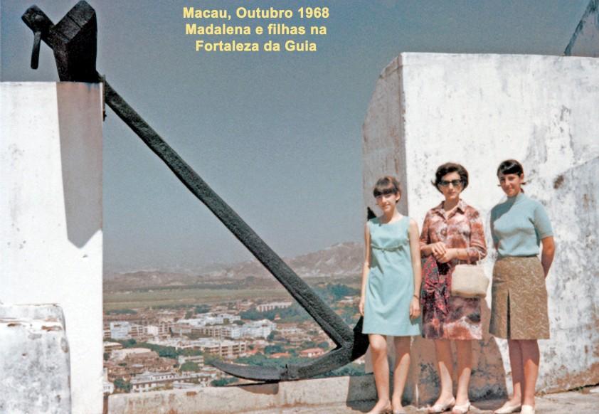 321 68-10 Madalena e filhas na Fortaleza da Guia